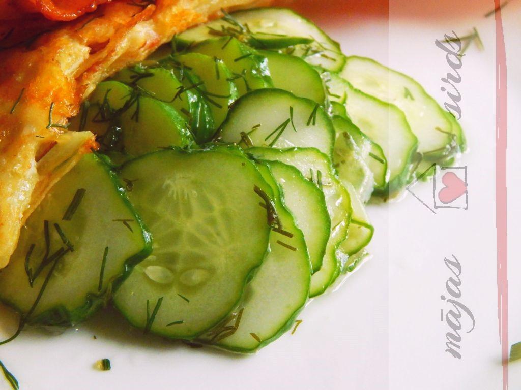 marineti-gurku-salati